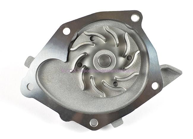 Pompe à eau 1.9 DCi Megane II pour remplacement distribution